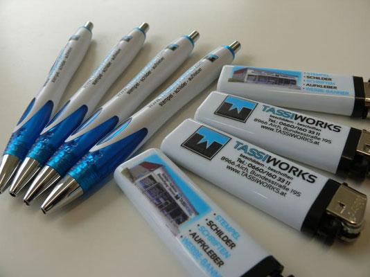 Werbeartikel, Feuerzeuge, Kugelschreiber, Bleistifte
