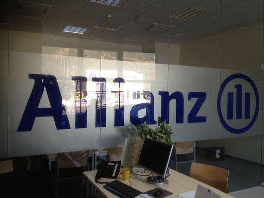 Allianz Versicherung, Liezen Glasbeschriftung