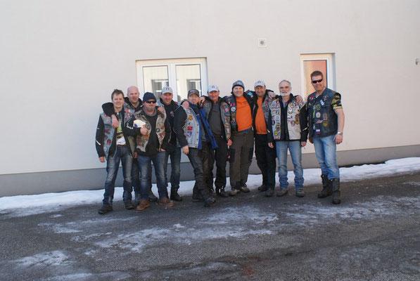 Der fleißige Rest!! Nicht im Bild: Alex D. und Roland F.  Die Arbeiten noch!!
