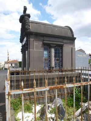 Restauration vitraux caveau - CHAMALIERES (63)