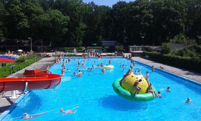 Zwembad Zwinderen