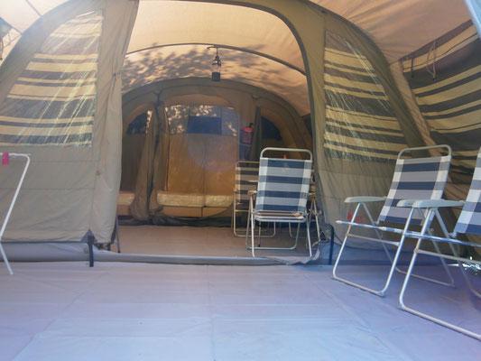 kleine camping met luxe tent
