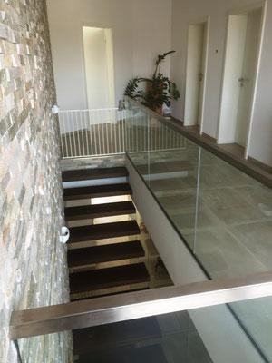 Kragarmtreppe TWT 255 Tiefenbronn