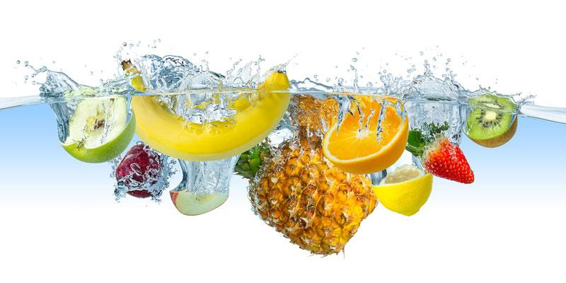 Obst und Wasser