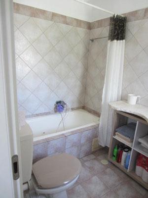 Salle de bain baignoire parents