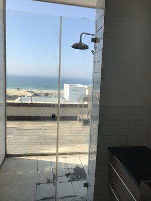 Salle de bain vue mer