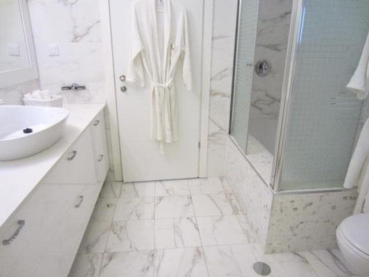 ème salle de bain avec baignire
