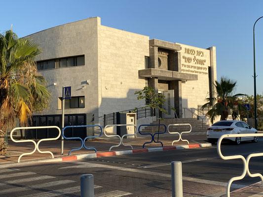 Synagogue en face