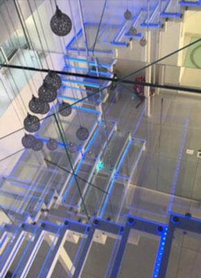 Escaliers en verre
