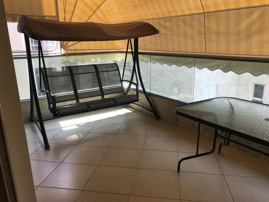 Terrasse avec balancelle