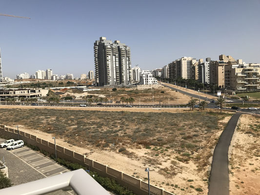 Vers le quartier Youd Alef