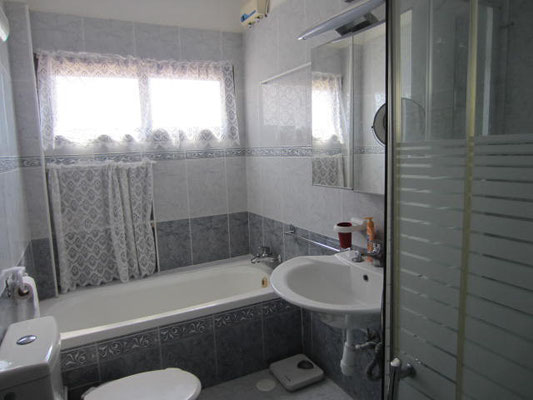 Bathroom+shower