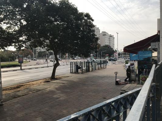 proche avenue Bnei Brit