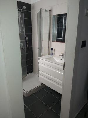 2ème sdb avec baignoire