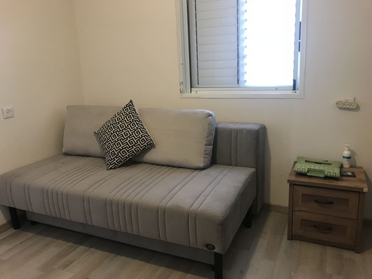 2nd bedroom (mamad)