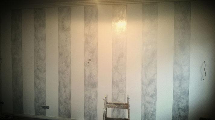 Wohnzimmer ideen Wandgestaltungen Streifenoptik - Maler