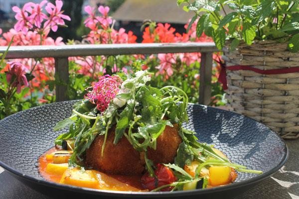 arancini auf tomatensugo