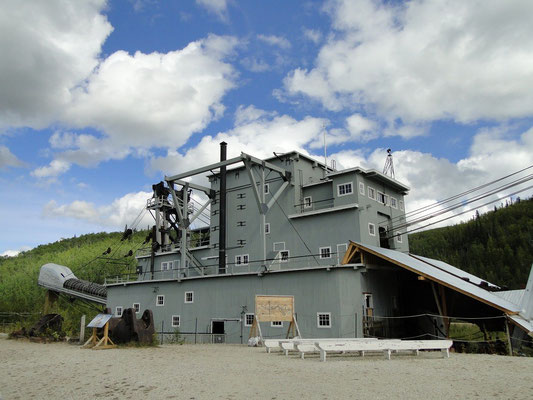 Dredge No. 4