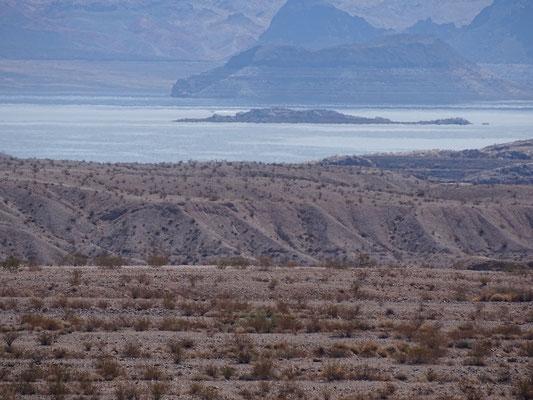 Lake Mead aus der Ferne