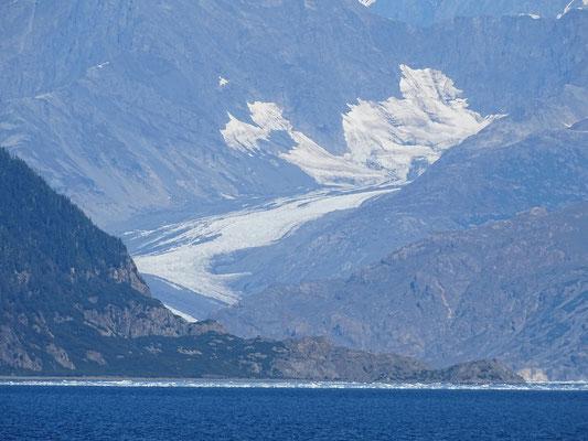 Erste Sicht auf den imposanten und bekannten Columbiagletscher