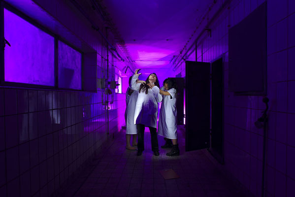 psychiatric ward part 2- light art photography & light painting fotografie