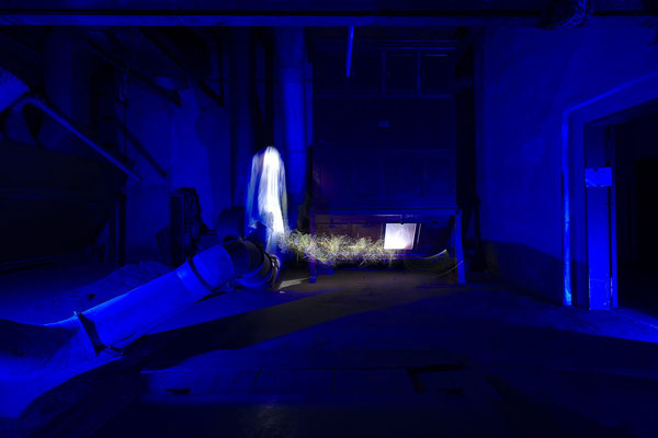 ghost in the machine - light art photography & light painting fotografie