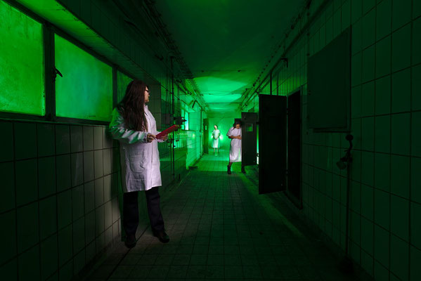 psychiatric ward part 1 - light art photography & light painting fotografie