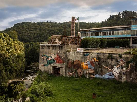 Arte in fabbrica: la parete del lanificio Botto