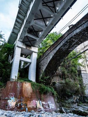 Miagliano: ponti antichi e ponti nuovi coesistono