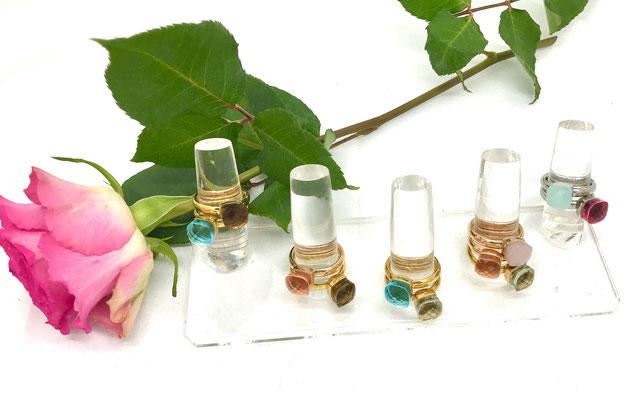 elegante Statement-Ringe, 18 Karat vergoldet, leuchtende Schmucksteinfarben, je 89,00 €