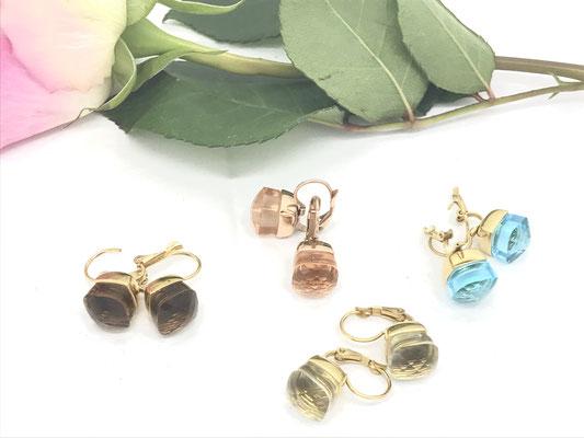 elegante Statement-Ohrringe, 18 Karat vergoldet, leuchtende Schmucksteinfarben, je 89,00 €