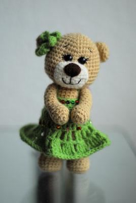 Teddys kleine Freundin