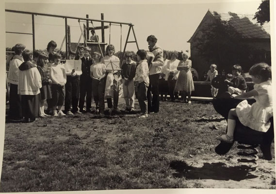 Einweihung Spielplatz 25.05.1986