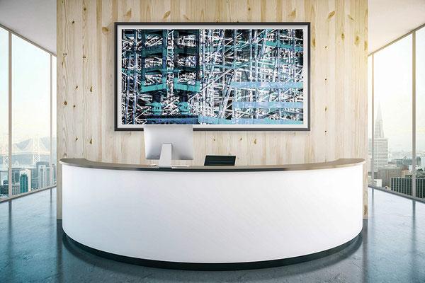 Moderne Büroausstattung mit abstrakter Kunst. Begeistern Sie Ihre Kunden und Besucher. Kunst mieten funktioniert mit uns ganz einfach..