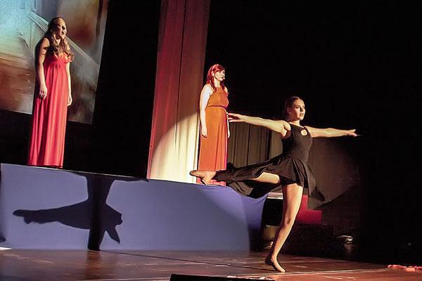 Ich hab geträumt (Les Miserables) Musicalzauber 2018 mit Kristin Jähnert & Antje Riewe-Bez (Gesang) sowie Emilie Zimmermann (Tanz)