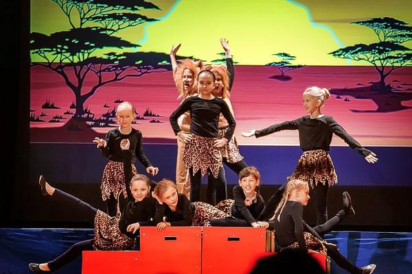 Ich will jetzt gleich König sein (König der Löwen) Musicalzauber 2018 mit Charlotte Rosenkranz, Hanna Heinzel, Conrad Walther und dem Tanzstudio Lattermann