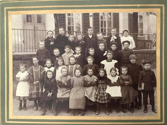 Unterschule von Kehrsatz im Frühling 1913
