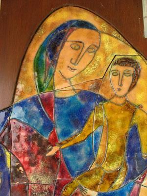 Maria mit Jesus auf ihrem Arm