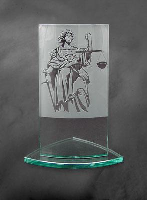 Award Justitia (noch ohne Beschriftung)