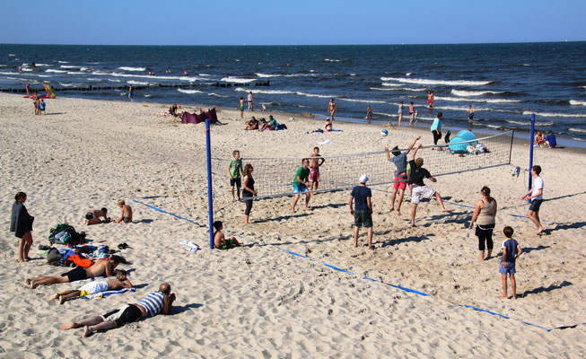 2015 beim Volleyball-Tournier am Bansiner Strand