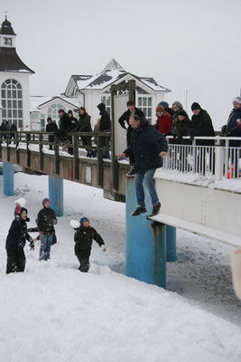 2010 - Schneeballschlacht am Strand