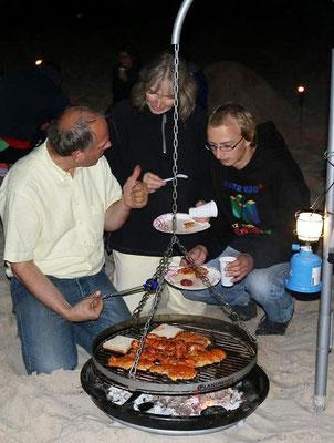 2014 - Grillen und Lagerfeuer am Bansiner Strand