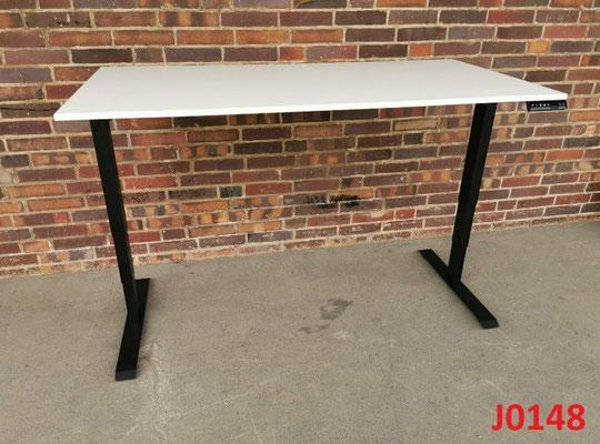 10x elektrisch höhenverstellbarer Schreibtisch / Stehtisch
