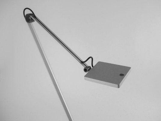 Waldmann PARA.MI LED Arbeitsplatzleuchte Schreibtischlampe