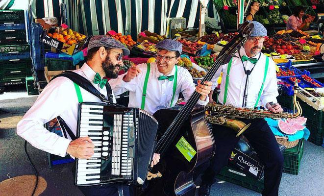 Green City Band Wochenmarkt Unterhaltung