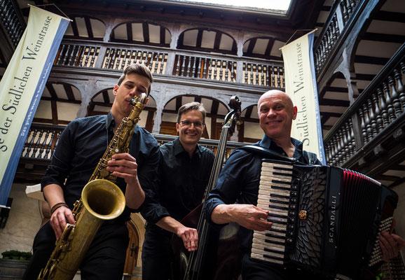 Moible Band Landau
