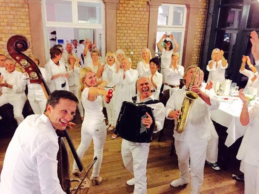 White Night mit Anna Schenk in Köln - Acoustic Club