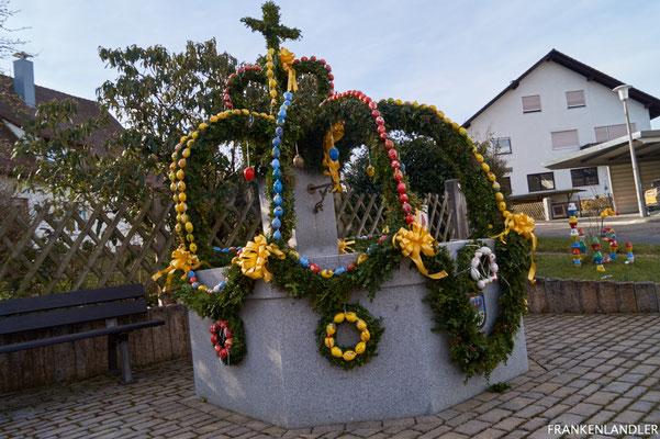 Osterbrunnen Weissenbrunn