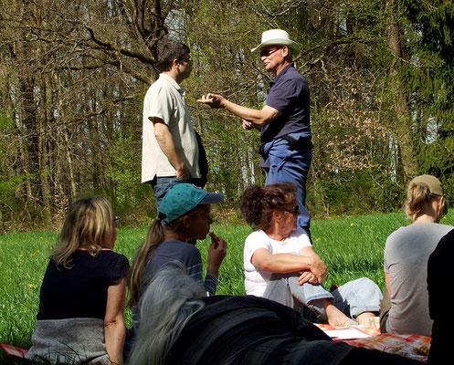 Osterseminar - Fachsimpeln auf der Picknickwiese