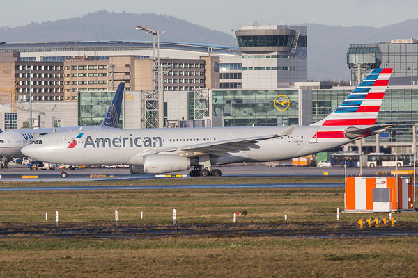 FRA 08.01.2016; N284AY, American Airlines Airbus A330-243 (former US Airways)